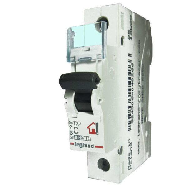 Выключатель автоматический модульный 1п C 32А 6кА TX3 Leg 404031