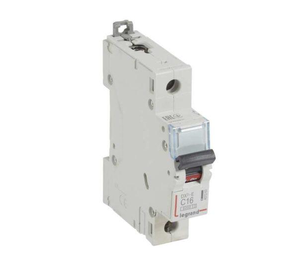 Выключатель автоматический модульный 1п C 16А 6кА DX3-E Leg 407263