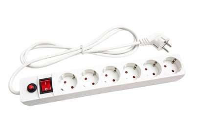 Удлинитель с сетевым фильтром 6х1.8м с заземл. 10А IP20 защ. шторки ПВС 3х0.75 бел. UNIVersal 967U-3001