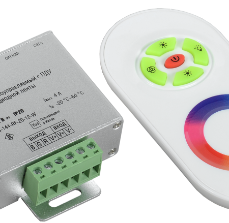 Контроллер с ПДУ радио RGB 3 канала 12В 4А 144Вт белый ИЭК LSC1-RGB-144-RF-20-12-W